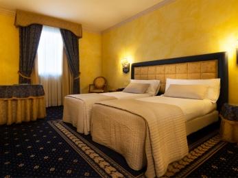 Hotel Pavia camera superior